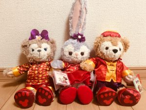 香港ディズニーランド春節スタイルのダッフィーたち